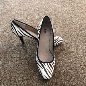 BP. Zebra Print Stella Heels 8 M Black White